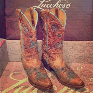 EUC Shyanne Lucchese Leather Cowgirl Boots size 8